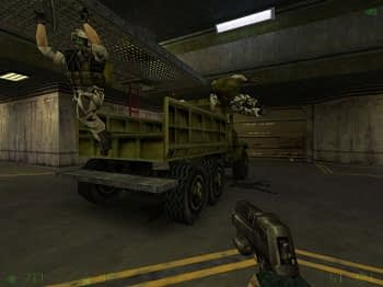 Half Life: Opposing Force Server im Vergleich.